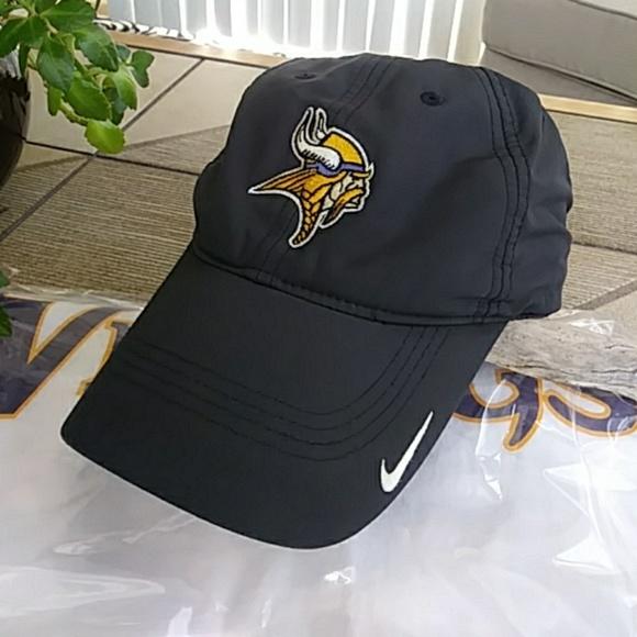 brand new 4620d 1a21b NIKE GOLF NFL Swoosh (MN Vikings)